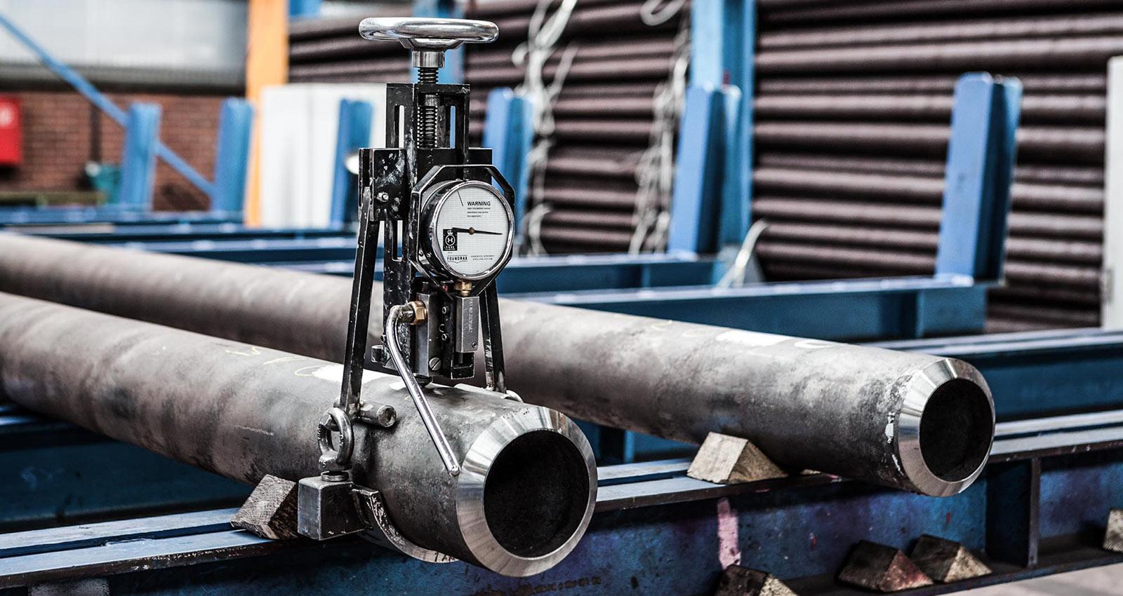 لولههای مورد استفاده در صنایع نفت و گاز : لوله مانیسمان، لوله درزدار(ERW) و لوله SAW