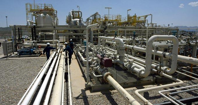 لوله مانیسمان در میدان نفتی
